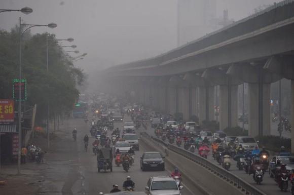 Chất lượng không khí ở Hà Nội lại cảnh báo đỏ, nguy hại sức khỏe ảnh 1