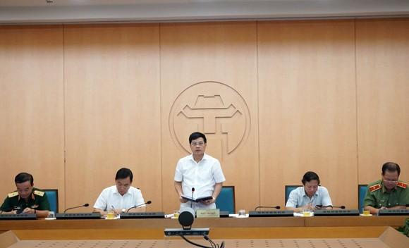 Hà Nội phê bình lãnh đạo 6 quận, huyện không họp phòng, chống dịch Covid-19 ảnh 1