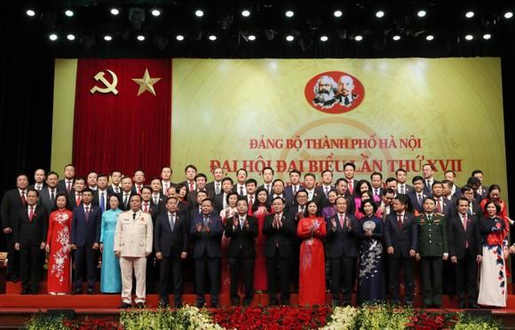 Kết thúc Đại hội Đảng bộ TP Hà Nội lần thứ XVII: yêu cầu người đứng đầu dám nghĩ, dám làm ảnh 1