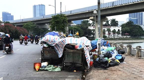 Người dân sống quanh bãi rác lớn nhất Thủ đô đưa ra nhiều kiến nghị ảnh 2