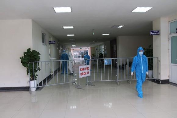 Thần tốc hoàn thành 2 bệnh viện dã chiến điều trị Covid-19 ở Hải Dương  ảnh 2