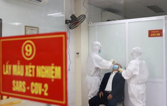 Hà Nội bắt đầu tiêm thử nghiệm giai đoạn 2 vaccine Nano Covax ảnh 4