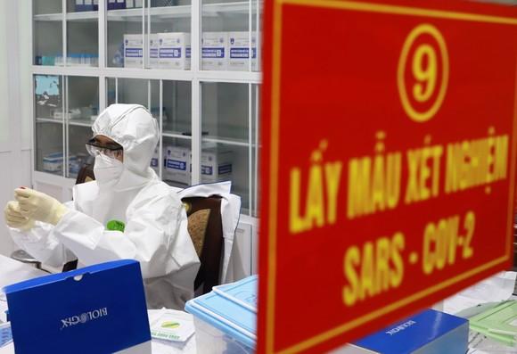 Viện Vệ sinh dịch tễ Trung ương tiếp tục ghi nhận biến thể virus ở Anh và Ấn Độ trong các ca mắc covid-19 ở Hà Nội và Hải Dương