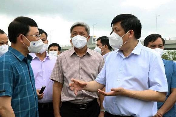 Bộ trưởng Bộ Y tế yêu cầu Bắc Giang làm mạnh hơn để không đuổi theo dịch ảnh 1