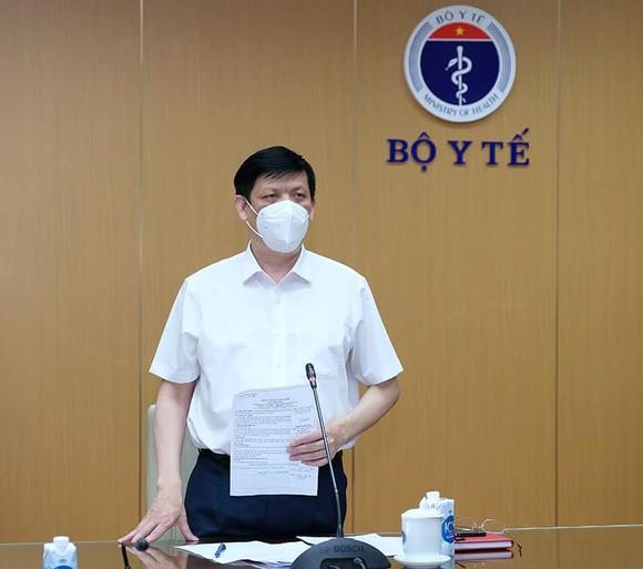 Bộ trưởng Bộ Y tế: Thay đổi trong chiến lược phòng, chống dịch ở Bắc Ninh, Bắc Giang ảnh 2