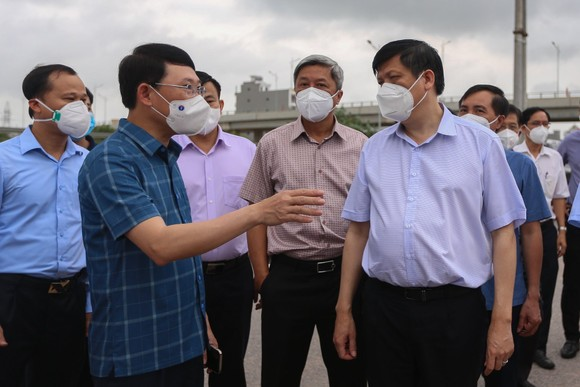 Bộ trưởng Bộ Y tế: Thay đổi trong chiến lược phòng, chống dịch ở Bắc Ninh, Bắc Giang ảnh 1