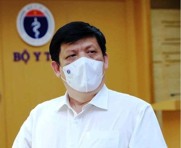 Bộ trưởng Bộ Y tế: TPHCM phải kiểm soát dịch Covid-19 chặt cả bên ngoài và bên trong ảnh 1