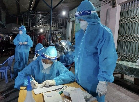 Ngày 18-9, thêm 9.373 ca mắc Covid-19, gần 15.000 người khỏi bệnh ảnh 1