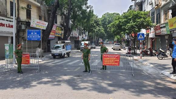 Từ mai 21-9, Hà Nội không kiểm tra, kiểm soát giấy đi đường của người dân ảnh 2
