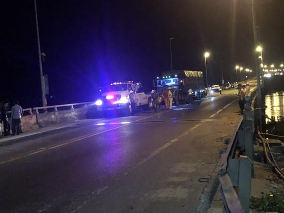 2 ô tô đối đầu khiến 2 người chết, 3 người nguy kịch trên đường dẫn hầm Hải Vân ảnh 3