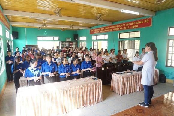 Khám chữa bệnh miễn phí cho 2.500 người nghèo Thừa Thiên – Huế và Quảng Trị ảnh 3