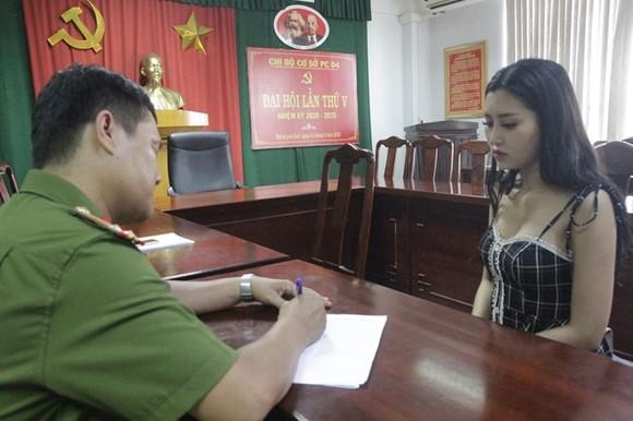 Công an tỉnh Thừa Thiên - Huế thông tin cách thức hoạt động của đường dây ma túy do nữ sinh viên năm 2 cầm đầu ảnh 2