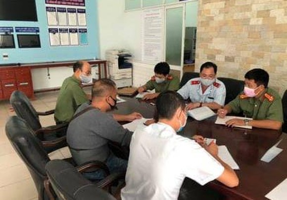 Xử phạt hướng dẫn viên 'khoe chiến tích' đưa đoàn khách du lịch trốn cách ly ở Đà Nẵng ảnh 1