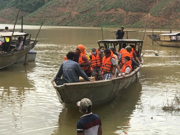 Tìm được 20 người mắc kẹt tại thủy điện Rào Trăng 4, một người đã tử vong ảnh 1