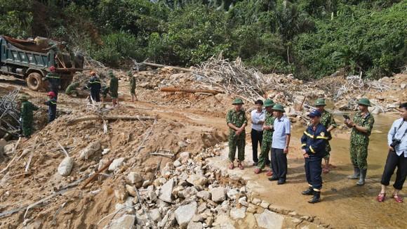 Tạm ngưng phát điện thủy điện A Lin B1 phục vụ tìm kiếm nạn nhân vụ Rào Trăng 3 ảnh 2