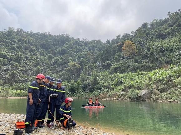 Bắt đầu tìm kiếm trở lại các nạn nhân mất tích tại thủy điện Rào Trăng 3 ảnh 1