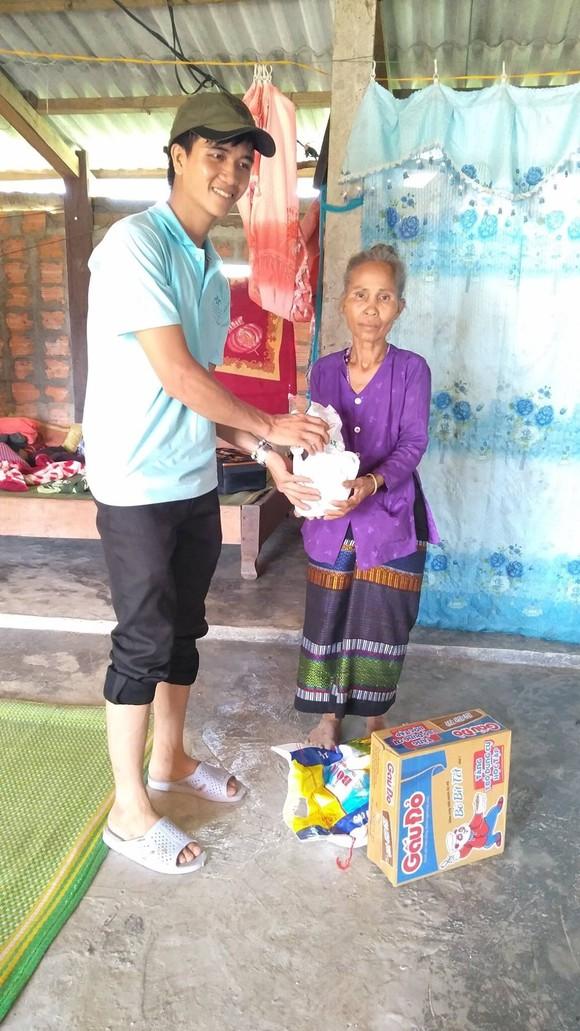Đề nghị truy tặng Huân chương Dũng cảm cho sinh viên Nguyễn Văn Nhã ảnh 1