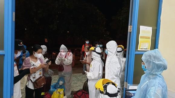 26 công dân Thừa Thiên – Huế về từ TPHCM phải cách ly tại Quảng Trị ảnh 1