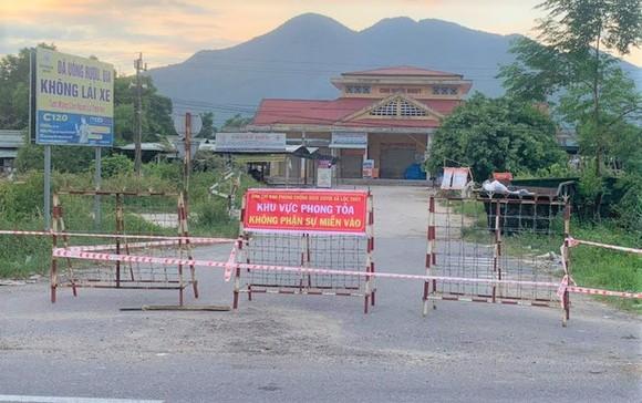 Thừa Thiên - Huế: 5 thôn phong tỏa cùng lúc liên quan đến tài xế nghi khai báo gian dối ảnh 2