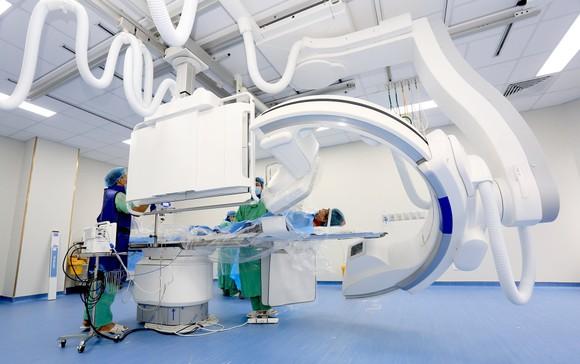 Bệnh viện Trung ương Huế Cơ sở 2 đưa hệ thộng DSA vào hoạt động ảnh 1