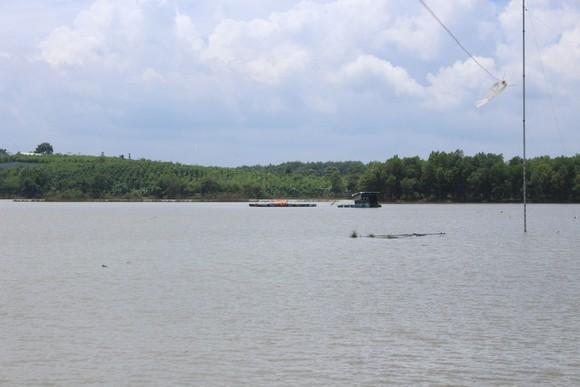Lật xuồng trên sông Bé, 2 nữ sinh viên tử nạn ảnh 1