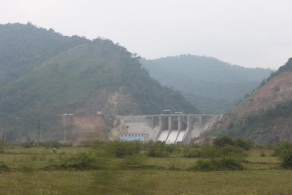 Mưa lớn nhiều xã miền núi ở Hà Tĩnh bị ngập lụt, chia cắt cục bộ ảnh 3