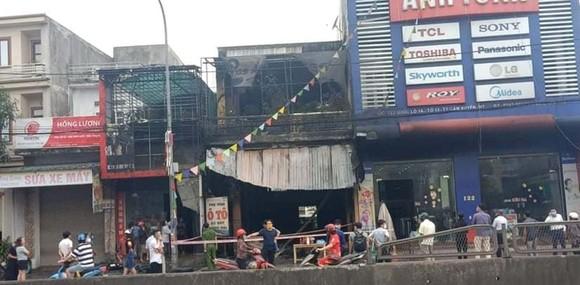 Cháy cửa hàng sửa chữa, kinh doanh thiết bị ô tô khiến 2 người tử vong ảnh 3