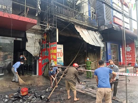 Cháy cửa hàng sửa chữa, kinh doanh thiết bị ô tô khiến 2 người tử vong ảnh 5