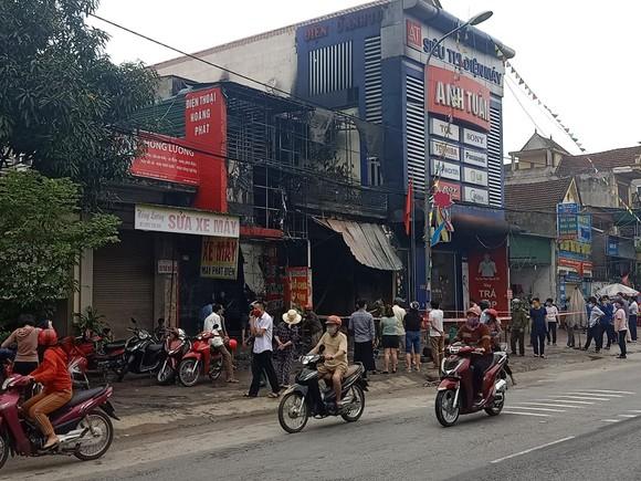 Cháy cửa hàng sửa chữa, kinh doanh thiết bị ô tô khiến 2 người tử vong ảnh 6