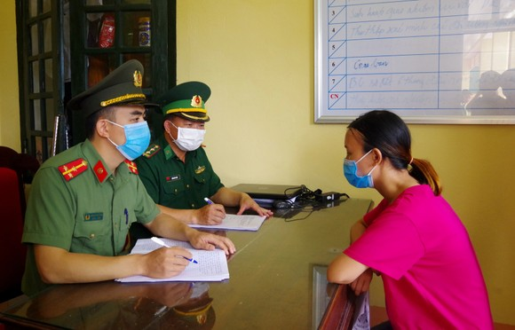 Triệt phá đường dây đưa người xuất cảnh trái phép sang Trung Quốc  ảnh 4