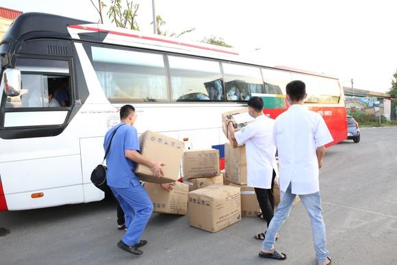 Hà Tĩnh cử 152 cán bộ, nhân viên y tế hỗ trợ tỉnh Nghệ An phòng, chống dịch Covid-19 ảnh 3
