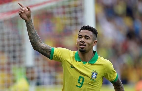 Brazil thêm chiến thắng, thêm chấn thương ảnh 1
