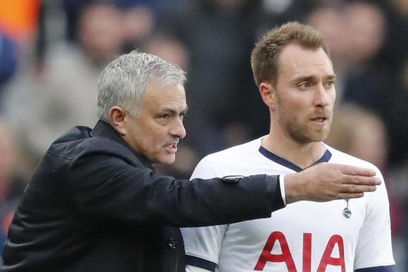Sẽ là thành công lớn nếu Jose Mourinho thuyết phục được Christian Eriksen ở lại. Ảnh: Getty Images