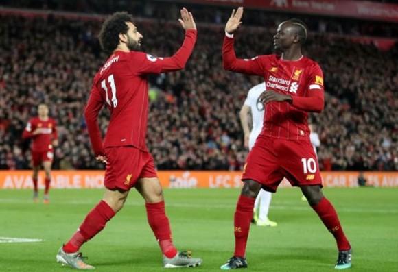 Mohamed Salah và Sadio Mane duy trì nhịp điệu chiến thắng cho Liverpool. Ảnh: Getty Images