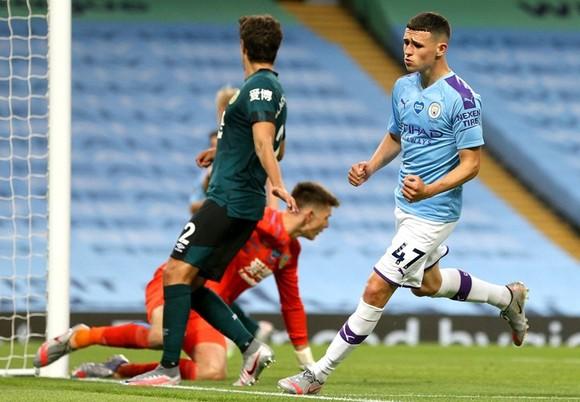 Tiền vệ trẻ Phil Foden truyền cảm hứng giúp Man.City thắng vang dội. Ảnh: Getty Images