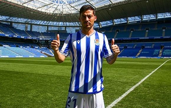 David Silva dương tính Covid-19 ngay sau khi ra mắt đội bóng mới Real Sociedad.