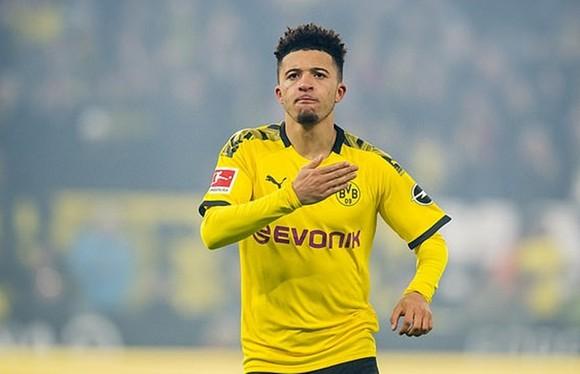 Jadon Sancho sẽ không vấn đề gì nếu ở lại với Borussia Dortmund. Ảnh: Getty Images