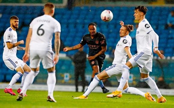 Man.City đã vấp phải sự kiên cường và bản lĩnh của tân binh Leeds United. Ảnh: Getty Images