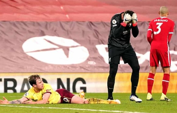 """Burnley gây chấn động khi giật sập """"pháo đài"""" Anfield ảnh 1"""