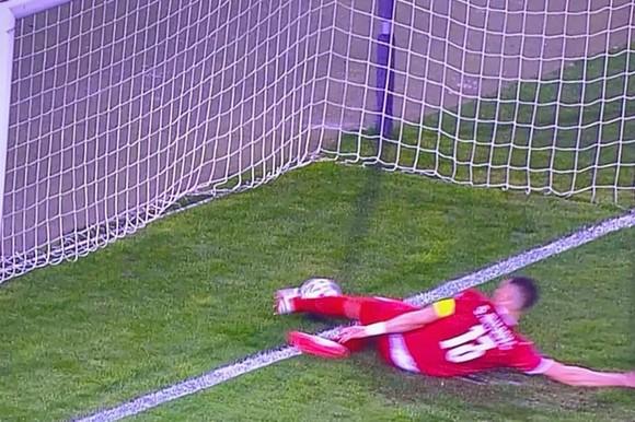 Trọng tài xin lỗi vì từ chối bàn thắng hợp lệ của Ronaldo ảnh 1