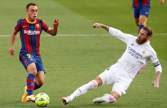 Sergio Ramos không thể chơi Siêu kinh điển vào cuối tuần tới. Ảnh: Getty Images