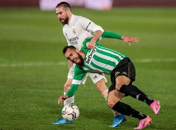 Lại hòa đối thủ yếu, Zidane hy vọng nhưng Carvajal lo lắng ảnh 1