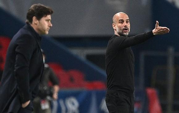 HLV Pep Guardiola đã truyền được niềm tin vào học trò trong giờ nghỉ. Ảnh: Getty Images