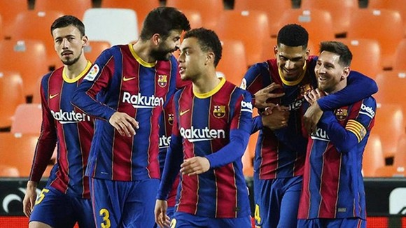 Lionel Messi tạo thêm sự gắn kết trước cuộc đụng độ đỉnh cao với Atletico Madrid. Ảnh: Getty Images