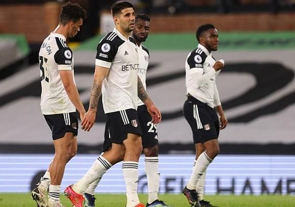 Fulham đã kết thúc quãng thời gian ngắn ngủi trên đỉnh cao. Ảnh: Getty Images