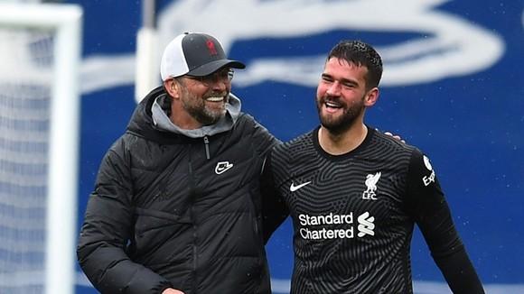 """Vượt khó đã là """"phẩm chất"""" của Liverpool mùa này ảnh 1"""