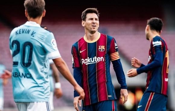 Lionel Messi đã làm mọi thứ có thể nhưng không cứu nổi Barcelona. Ảnh: Getty Images
