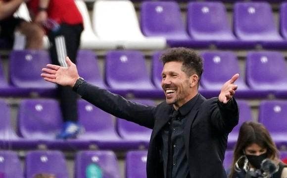 Suarez cam kết ở lại giúp Atletico bảo vệ danh hiệu ảnh 1