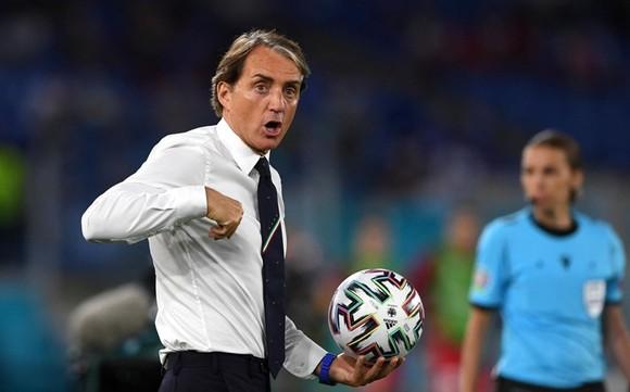 HLV Roberto Mancini rõ ràng có thể hài lòng với khởi đầu ấn tượng. Ảnh: Getty Images