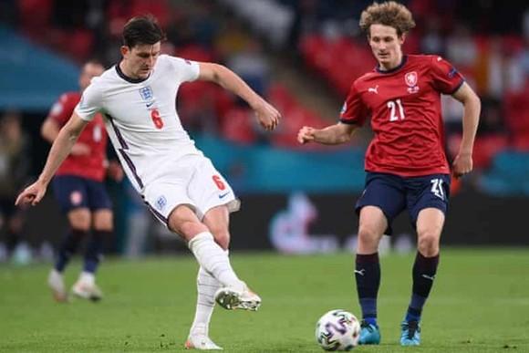 CH Séc - Anh 0-1: Vẫn là Sterling ghi bàn, tuyển Anh dẫn đầu theo cách chưa từng có ảnh 1